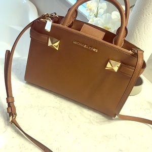 NWOT MK Karla Satchel Leather handbag